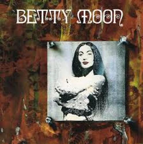Betty Moon 12